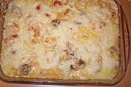 Cevapcici mit serbischer Soße und Käse überbacken 9