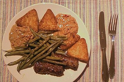Cevapcici mit serbischer Soße und Käse überbacken 8