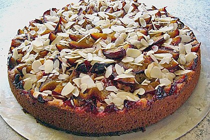 Amaretto - Zwetschgenkuchen mit Mandeln 7