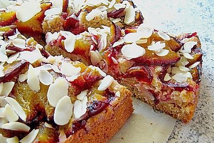 Amaretto - Zwetschgenkuchen mit Mandeln 3