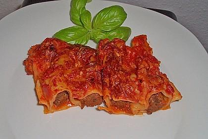 Cannelloni mit Hackfleisch - Tomatensoße