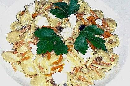 Orecchiette (Öhrchennudeln) mit orientalischer Möhrensauce