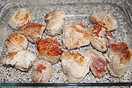 Schweinefiletmedaillons mit Parmesan - Tomaten - Kruste 29