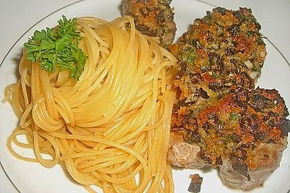 Schweinefiletmedaillons mit Parmesan - Tomaten - Kruste 5