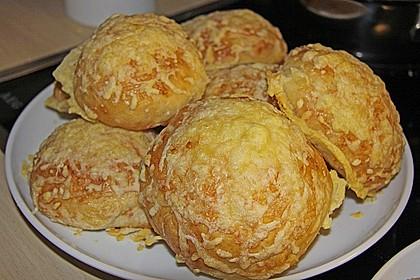 Käsebrötchen 24