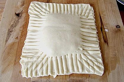 Schinken - Käse Blätterteigtaschen 12