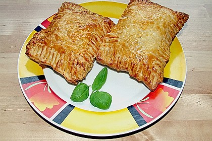 Schinken - Käse Blätterteigtaschen