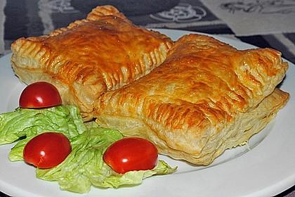 Schinken - Käse Blätterteigtaschen 2