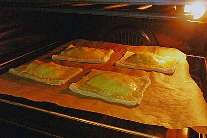 Schinken - Käse Blätterteigtaschen 14