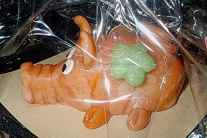 Glücksschweinchen aus Marzipan (Bild)