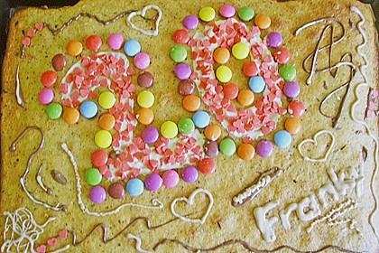 Bunter Geburtstagskuchen Mit Waffelröllchen Mandel Kerzen Von
