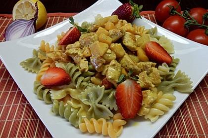 Currypasta mit Pute oder Huhn und Granatapfel 1