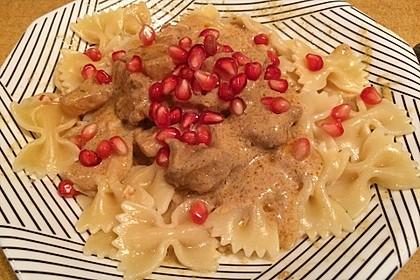 Currypasta mit Pute oder Huhn und Granatapfel 12