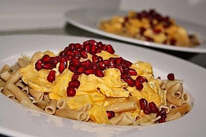 Currypasta mit Pute oder Huhn und Granatapfel 2