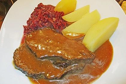 Carstens Rinderschmorbraten mit Calvados und Dörrpflaumen