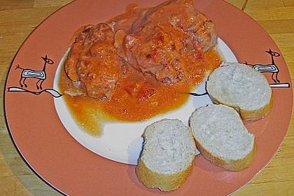 Schweinefilet in Tomatensoße (Bild)