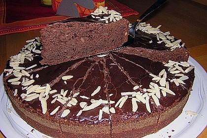 Gâteau au chocolat et aux amandes 4