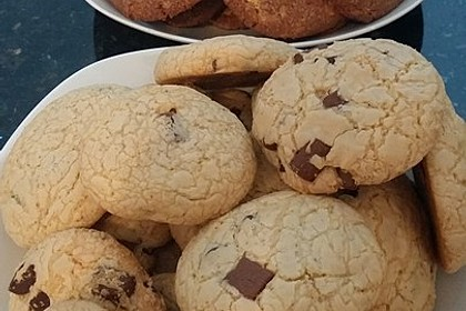 Chewy Chocolate Chip Cookies 19