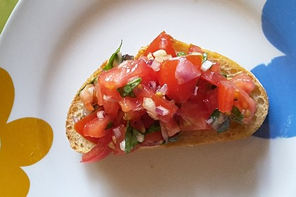 Bruschetta mit kalten Tomaten 7
