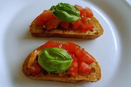 Bruschetta mit kalten Tomaten 28