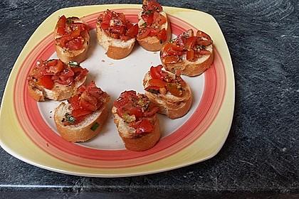 Bruschetta mit kalten Tomaten 17