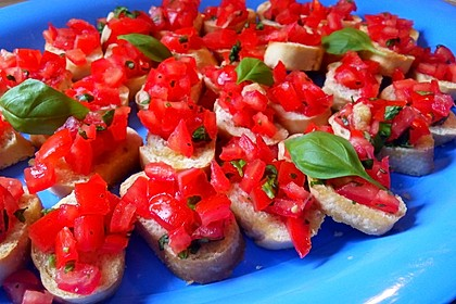 Bruschetta mit kalten Tomaten 10