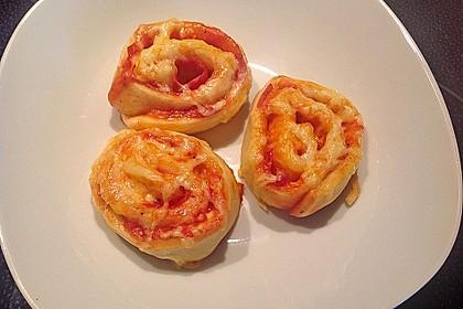 Pizzaschnecken 24