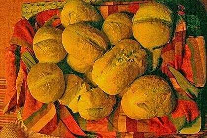 Knusprig-luftige Brötchen 130