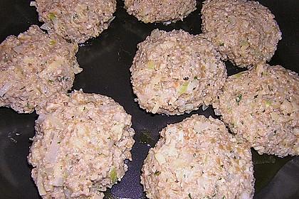 Grünkern - Frikadellen mit Joghurtsauce 18