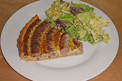Bratwurst - Torte mit Senfkruste 1