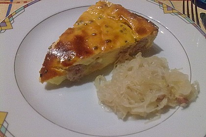 Bratwurst - Torte mit Senfkruste 21