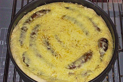 Bratwurst - Torte mit Senfkruste 31