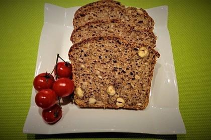Schnelles Dinkel - Buchweizen - Brot 3