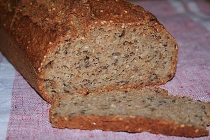 Schnelles Dinkel - Buchweizen - Brot 8