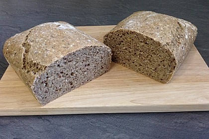 Schnelles Dinkel - Buchweizen - Brot 28