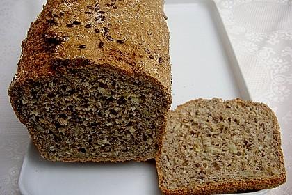 Schnelles Dinkel - Buchweizen - Brot 10