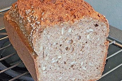 Schnelles Dinkel - Buchweizen - Brot 42