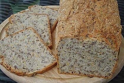 Schnelles Dinkel - Buchweizen - Brot 9
