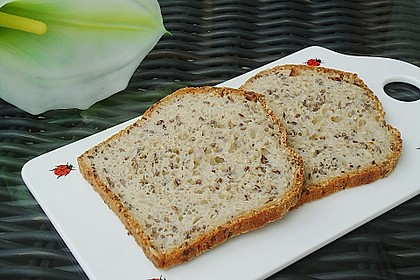 Schnelles Dinkel - Buchweizen - Brot 2