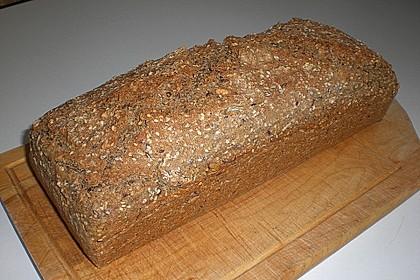 Schnelles Dinkel - Buchweizen - Brot 25