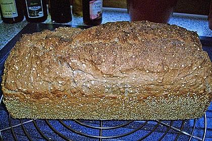Schnelles Dinkel - Buchweizen - Brot 44