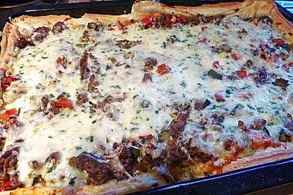 Hack - Blätterteig - Pizza