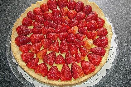 Weißer Schokokuchen mit Erdbeeren 5