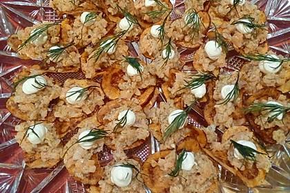 Lachstatar auf Kartoffelchips 2