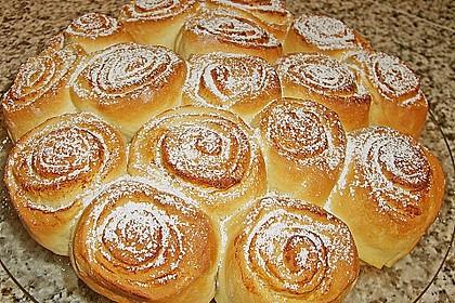 Zimtrollen-Kuchen 16