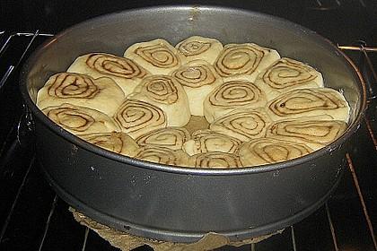 Zimtrollen-Kuchen 310