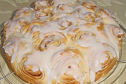 Zimtrollen-Kuchen 189