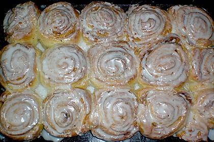 Zimtrollen-Kuchen 165