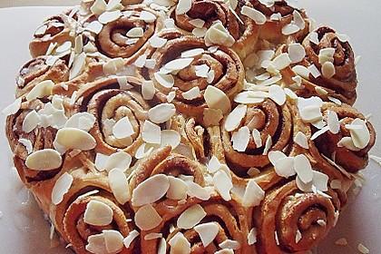 Zimtrollen-Kuchen 74
