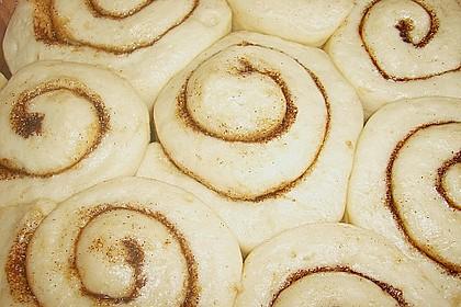 Zimtrollen-Kuchen 349